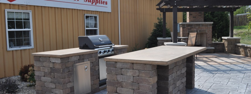 rcs-outdoor-display-kitchen-bedford-tumble-hickory-countertops1